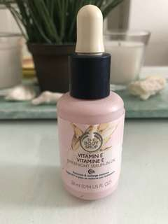 Body Shop Vitamin E Overnight Serum-in-oil