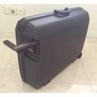 Samsonite Luggage Bag with wheels