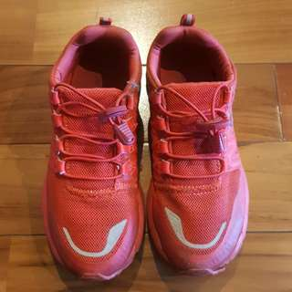 *Preloved* LEAGUE Running Shoes Ori