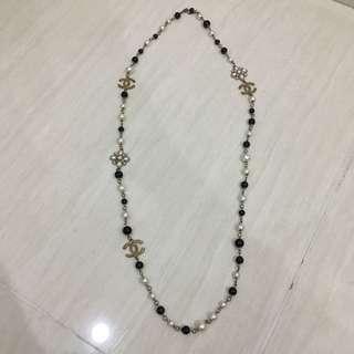 BRAND NEW!! GOOD DEAL!! Chanel Inspired Pearl & Flowers Necklace (Kalung Wanita) (Aksesoris Wanita)