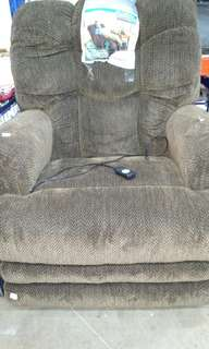 Power lift fabric oversized chaise recliner