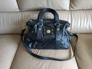 Marc by Marc Jacobs authentic shifty leather barrel satchel bag