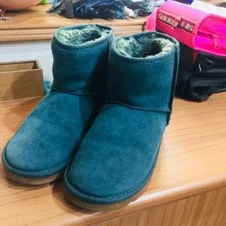 🚚 墨綠色短雪靴 (鞋號24)