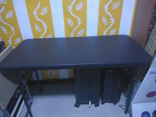 Dining Table with 2 chairs