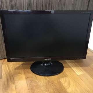 23 inch Samsung monitor