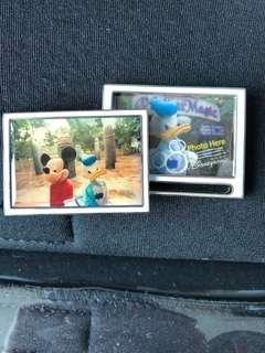 迪士尼 米奇 唐老鴨 可放相 相架 襟章 徽章 Disney mickey Donald Duck picture frame pin