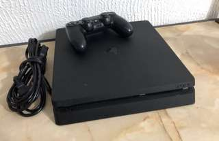 Ps4 Slim 500gb with games and accessories