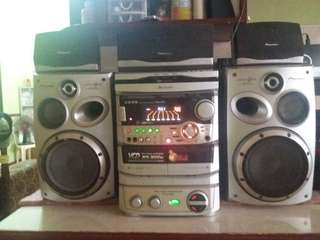 Pioneer home theater component and karaoke