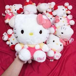 🚚 Hello Kitty doll