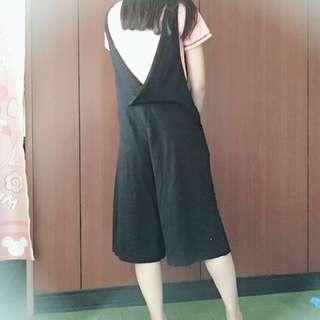 🚚 降❣️棉質黑色吊帶褲~~~