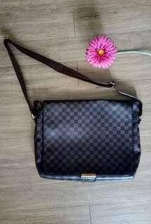 Louis Vuitton Mens Messenger Bag