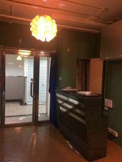 荔枝角工廈 party room 裝修有平台 1分鐘到地鐵 2000呎