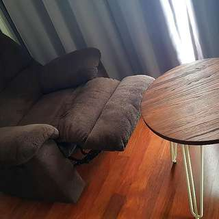 lazy reclaining chair plus coffee table