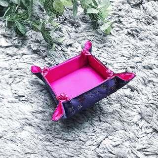 Foldable Silk Tray
