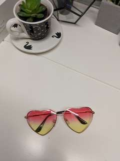 Cute Heart Pink Yellow Retro Vintage Style Sunglasses Sunnies