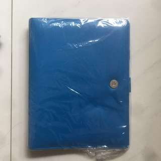 Binder warna Biru Benhur