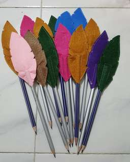 Pencil with felt topper