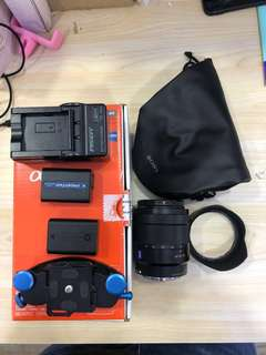 lens e16-70mm f4 zeiss sony a6000 with accessories