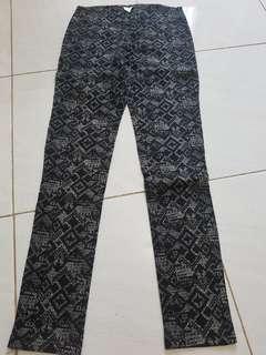 printed pants by magnolia