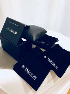 Tag Heuer box, velvet pouch (black)