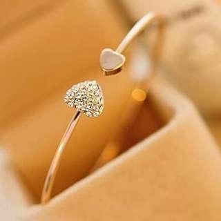 Heart Gem Bracelet (Gold)