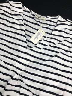 Twist Targo stripe v blouse