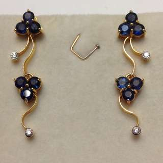 🚚 21k Solid Gold Sapphire Earrings