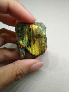 LABRADORITE Half-Polished Crystal [LAB003]