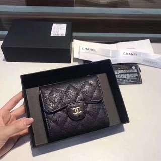Chanel 🆕🆕🆕經典菱格短三折銀包🎀🎀尺寸:11*10cm
