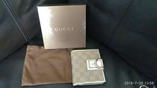 100% real brought in UK Gucci gold wallet