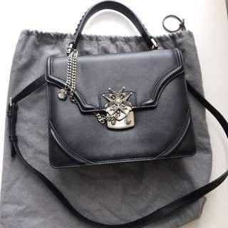 Alexander McQueen 黑色皮手袋 AMQ black leather handbag (was原價$17,800)