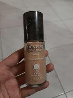 Foundation Revlon Colorstay