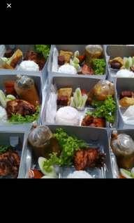 Paket ayam tulang lunak Bandung& nasi liwet