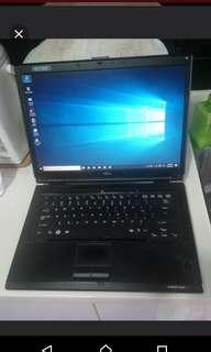 "Laptop Fujitsu 14"" with SSD"