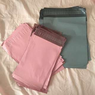 🕊INSTOCK Pastel pink and grey polymailers 🕊