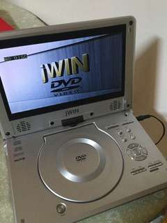 Portable dvd player (read description before making offers)
