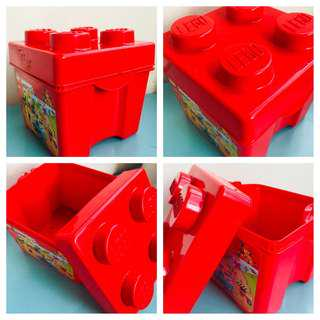 LEGO box red