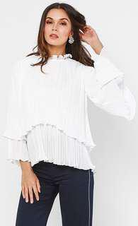 FREE POSTAGE Clothesology Layered Cassie Top White