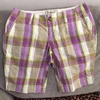 Used Old navy bermudas shorts