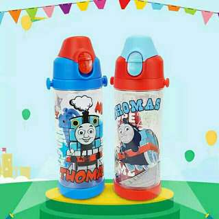 *FREE DELIVERY to WM only / Ready stock* Kids Thomas & Friends water bottle 550ml each as shown in design/color. Free delivery is applied for this item.