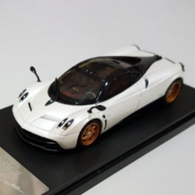 1 43 Pagani Huayra New Model Car Toys Games Others On Carousell