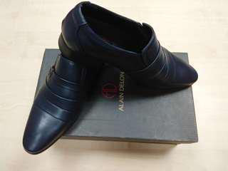 Alain Delon office shoes