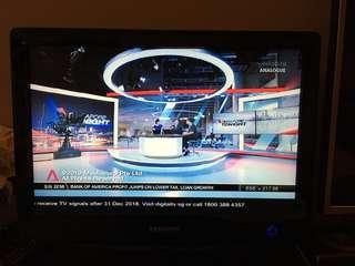 "Samsung 20"" LCD TV Monitor"