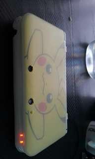 Pikachu Nintendo 3DS XL +2 free Game
