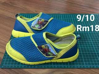 Boy Shoes for 7yo