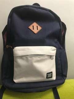 Herschel Backpack 書包