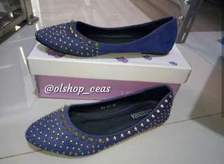 Flat shoes lawrensia