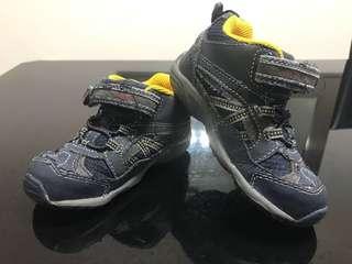 Stride Rite Shoes size 26 EU