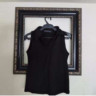 Black Sleeveless Collared Blouse