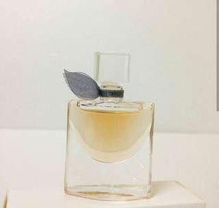Miniatur Parfum Lancome La Vie Est Belle EDP 4ml